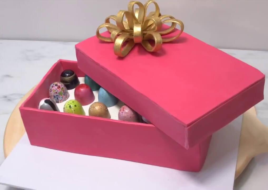 Фото - Торт подарочная коробка с подарком